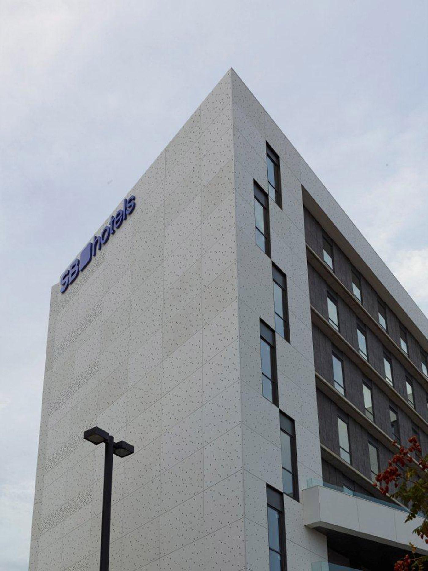 Hotel sb l 39 hospitalet de llobregat barcelona panel - Despacho arquitectura barcelona ...