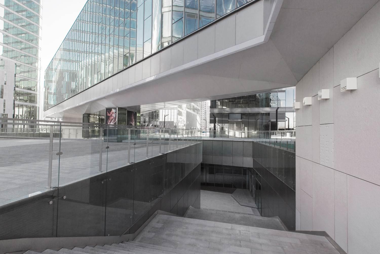 Centro comercial oficinas ccc en beijing panel omega zeta for Oficinas mercadona barcelona